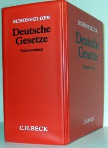 http://commons.wikimedia.org/wiki/Category:Law_of_Germany?uselang=de#mediaviewer/File:Sch%C3%B6nfelder.JPG